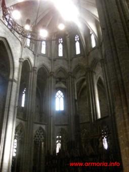 Vista de la nave central de la catedral de Tortosa